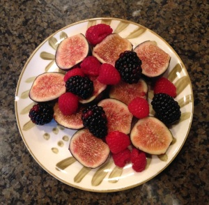 Late afternoon snack of figs, raspberries, and blackberries